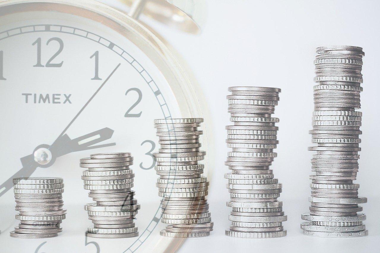 Analiza rynku kredytowego, czyli warto czy nie warto korzystać z niego obecnie?