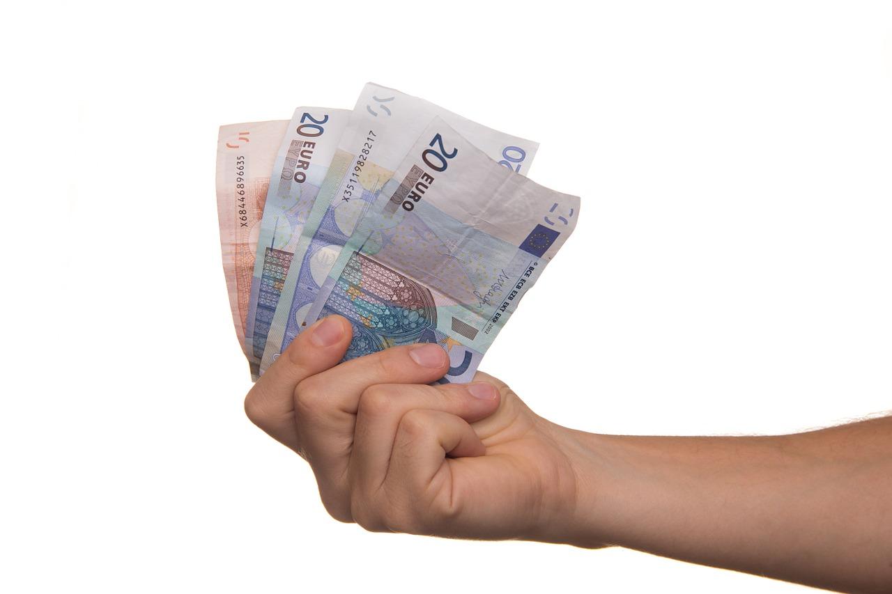 Komu potrzebna pożyczka?