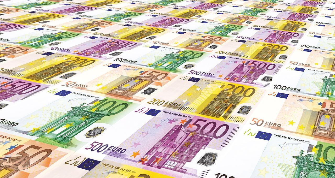 Kredyty walutowe – jak wybrać najlepszy?