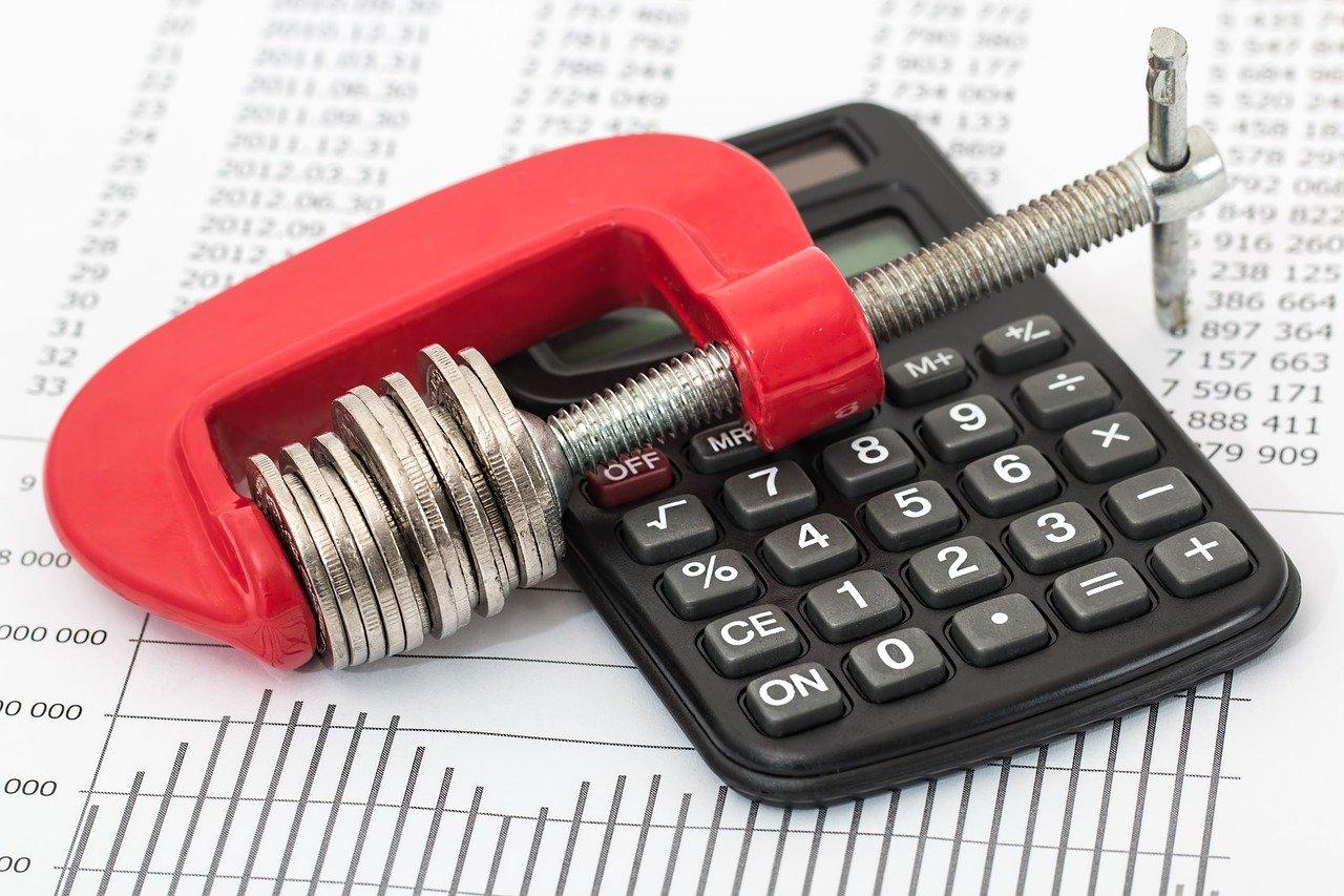Ogranicz swoje wydatki, czyli najwyższa pora na zaciskanie pasa